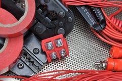 Outils pour des sertisseurs et des accessoires d'électriciens Photo stock