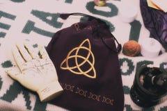 Outils pour la divination et le fortunetelling photos stock