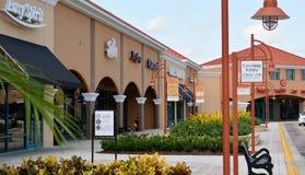 Outlet Center-Shops Stockfotografie