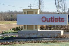 Outlet Mall. Generic Outlet mall and shopping center sign Royalty Free Stock Photography