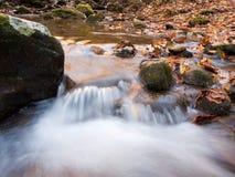 outono da angra da cachoeira Imagens de Stock Royalty Free