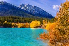 outono do lago Abraham, Canadá fotos de stock