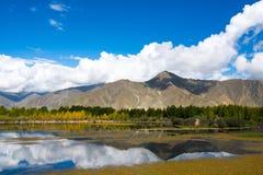 Outono em Tibet Fotos de Stock Royalty Free