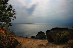 outono no cabo Meganom, o Mar Negro, Crimeia fotografia de stock