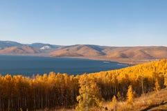 Outono no lago Baikal Fotografia de Stock Royalty Free
