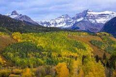 outono no San Juan Mountains imagens de stock