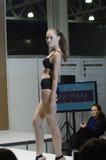 outono preto de Lingrie Desire Lingrie Expo Fashion Show Imagem de Stock