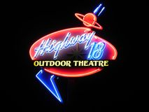 Outood teatru Neonowy znak Obrazy Royalty Free