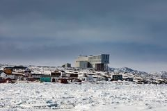 Outport του βραχίονα του Joe Batts με το πανδοχείο NL Καναδάς Fogo στοκ εικόνες