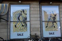 50% outre de la vente au magasin de Magasin du nord Image stock