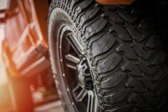 Outre des pneus de camion de route Image stock