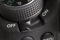 OUTRE du bouton d'un appareil-photo de DSLR Photographie stock