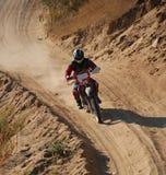 Outre du coureur 2 de moto de route images stock