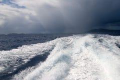 Outrunning a tempestade fotografia de stock royalty free