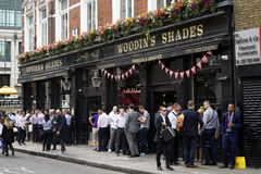 Outside Viw of London Pub Royalty Free Stock Photos