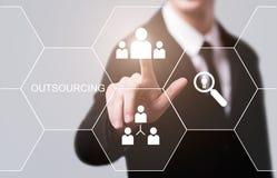 Outsourcingów działów zasobów ludzkich technologii Biznesowy Internetowy pojęcie zdjęcia royalty free