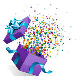 Ouvert explorez le cadeau avec des étoiles de mouche Photographie stock libre de droits