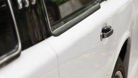 Ouverture des voitures de porte clips vidéos