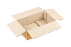 on ouvrent la boîte en carton ondulé sur le blanc Photos stock