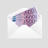 Ouvrez argent liquide d'enveloppe et de 500 l'euro factures Photo libre de droits