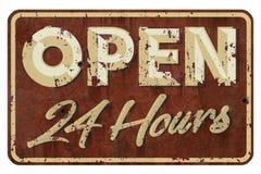 Ouvrez 24 heures de vintage de signe Image libre de droits