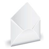 Ouvrez l'enveloppe vide avec la lettre. Photo stock
