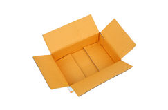 Ouvrez la boîte en carton ondulé vide de carton Image stock