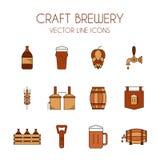 Ouvrez la ligne icône de vecteur de bière et de brasserie réglée dans brun et orange Photo stock