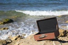 Ouvrez la valise Image stock