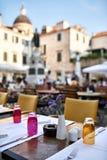 Ouvrez le café dans la vieille ville de Dubrovnik en Croatie photo libre de droits