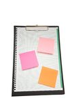 Ouvrez le cahier avec des notes de post-it Photos libres de droits