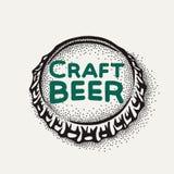 Ouvrez le chapeau de bouteille à bière avec l'inscription de brassage dans le style de vintage Photographie stock