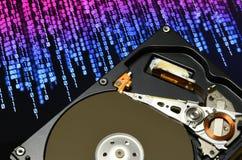 Ouvrez le lecteur de disque dur avec des effets binaires de couleur image libre de droits