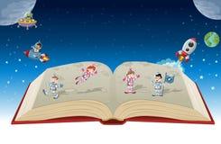 Ouvrez le livre avec des enfants de bande dessinée d'astronaute illustration stock