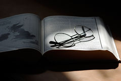 Ouvrez le livre avec des glaces Photos libres de droits