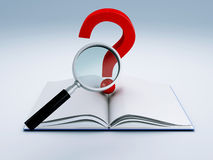 Ouvrez le livre et un point d'interrogation Photographie stock libre de droits
