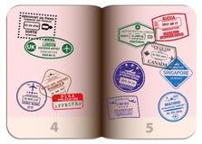 Ouvrez le passeport avec différents sceaux Photos libres de droits