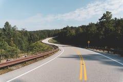Ouvrez le paysage de route au Tennessee images stock