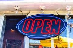 Ouvrez le signe Photographie stock libre de droits