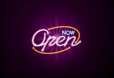 Ouvrez le signe au néon Photos stock
