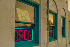 Ouvrez le vieil hôtel de connexion dans le ranch de Death Valley Image stock