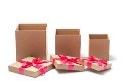 Ouvrez les boîtes actuelles - photo courante Photographie stock libre de droits