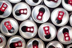 Ouvrez les boîtes en aluminium 1 photos stock