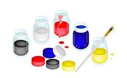 Ouvrez les pots de peinture de couleur avec l'artiste Brushes Images stock