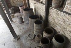 Ouvrez les vieux barils en bois Images libres de droits