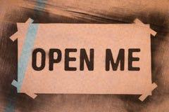 Ouvrez-moi Photo libre de droits