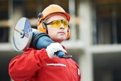 Ouvrier de constructeur au chantier de construction Photos stock