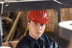 ouvrier de verticale de construction Image libre de droits