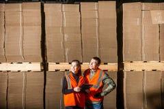 Ouvriers de moulin à papier Photo stock