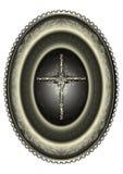 Ovales silbernes Medaillon mit dem gestalteten Kreuz kopierte Grenze Stockfoto